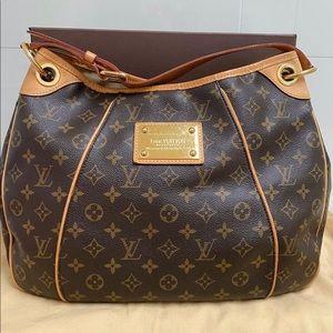 Louis Vuitton Galleria PM